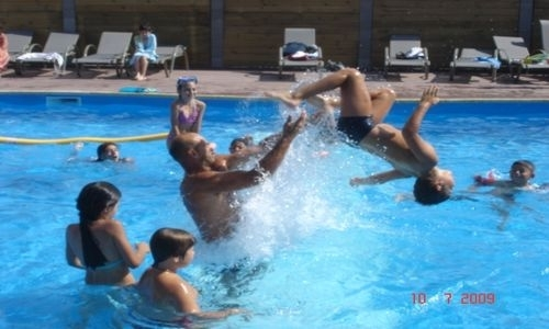 Camping Les Peupliers Colombiers Piscine © Camping Les Peupliers Colombiers