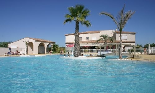 HPALAR0340002348_Camping_Le_St_MEEN_piscine2 ©